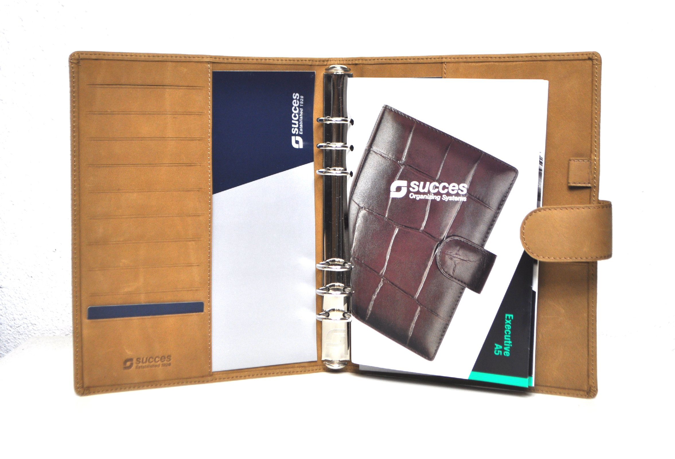 succes coyote a5 braun rindleder kalender. Black Bedroom Furniture Sets. Home Design Ideas